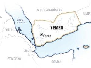 Yemen'de Askeri Kampa İntihar Saldırısı: 60 Ölü