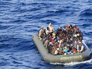 Mısır Açıklarında Mülteci Botu Battı