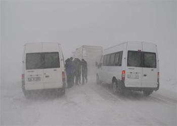 Karsta 227 Köy Yolu Ulaşıma KAPANDI