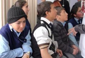 Karsta 25 Öğrenci Baldan ZEHİRLENDİ