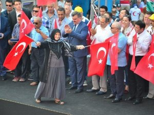 "Zonguldak'ta ""Demokrasi Ve Şehitler"" Mitingi"