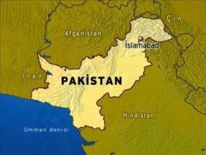 Pakistan'da Ölü Sayısı 25'e Yükseldi