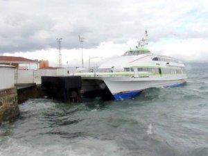 Maramara'da Fırtına Deniz Ulaşımını Aksatıyor