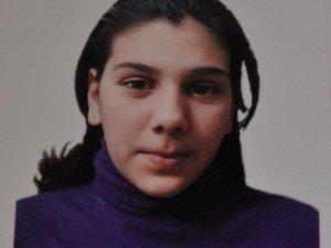 Her Yerde Kaybolan 16 Yaşındaki Kızını Arıyor