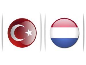 Hollanda 'Büyükelçi'sini Türkiye'den Çekti
