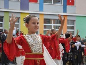 Kars'ta İlköğretim Haftası Etkinliği