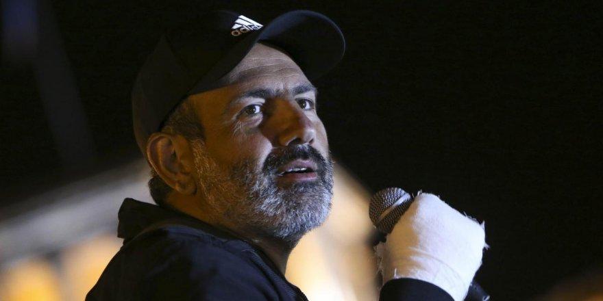Ermenistan'da Başbakan Krizi Devam Ediyor!