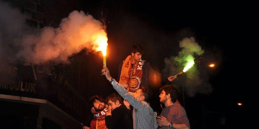 Kars'ta Şampiyonluk Kutlamaları