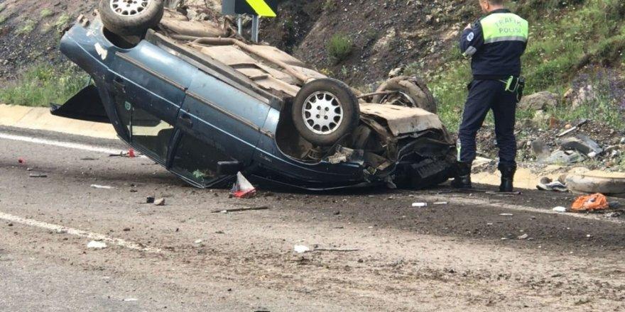 Sarıkamış'ta Trafik Kazası: 1 Ölü, 4 Yaralı