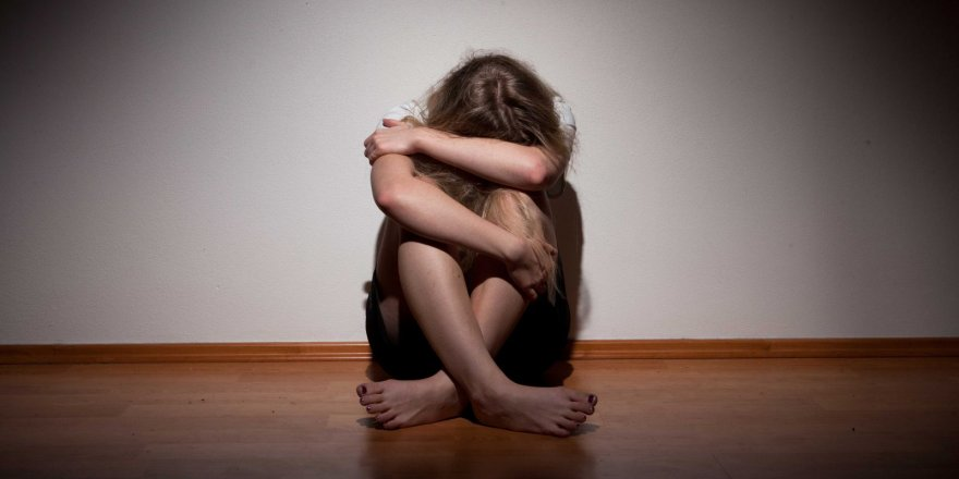 12 Yaşındaki Yeğenine Tecavüz Etti