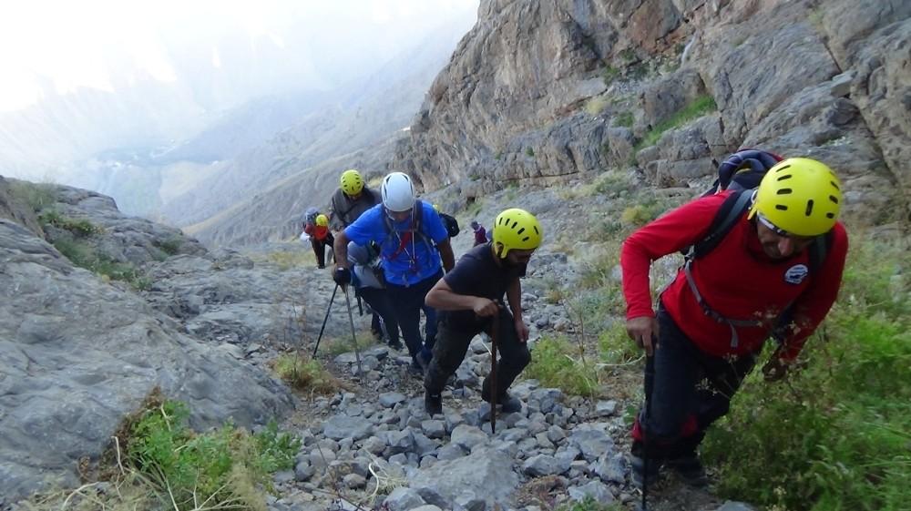 Sümbül Dağı'na Zirve Tırmanışı