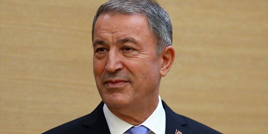 Milli Savunma Bakanı Hulusi Akar Kars'ta