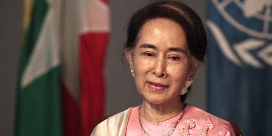 Af Örgütü, Suu Kyi'ye Verdiği Ödülü Geri Aldı