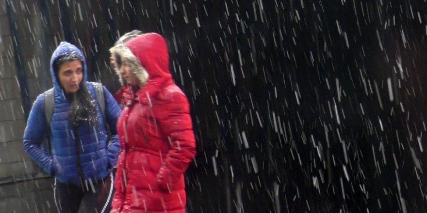 Sarıkamış'ta Kar Tatili