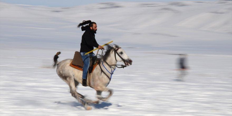 Yerli ve Yabancı Turistlerin Gözdesi, Cirit