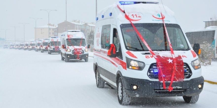 11 Ambulans Hizmete Girdi