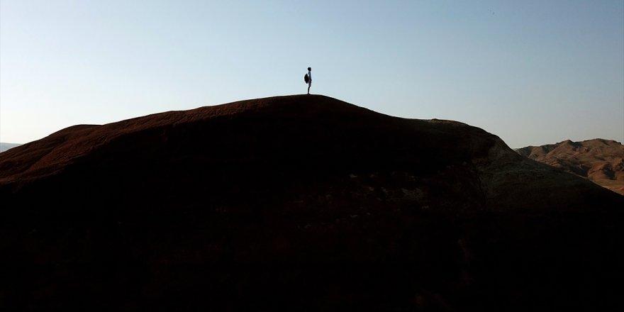Tuzluca'nın 'Gökkuşağı Tepeleri'