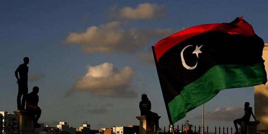 Libya'da Taraflar Ateşkesi Kabul Etti