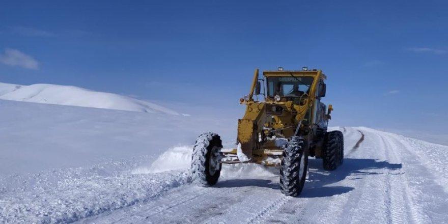 Kars'ta 16 Köy Yolu Ulaşıma Kapandı