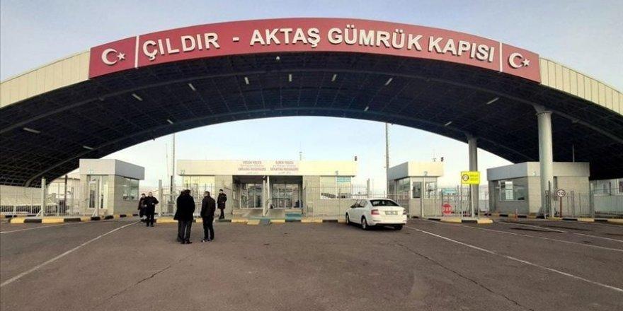 'Aktaş Sınır Kapısı' Geçişlere Kapatıldı