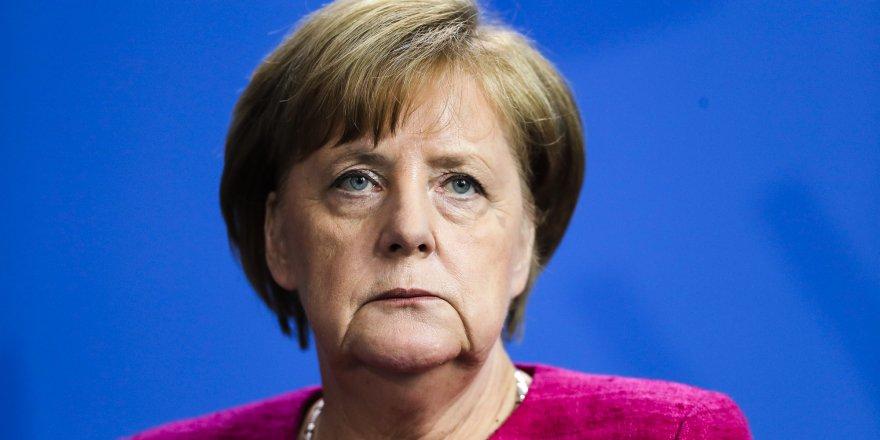 Almanya | Merkel'in Yerine Armin Laschet Seçildi