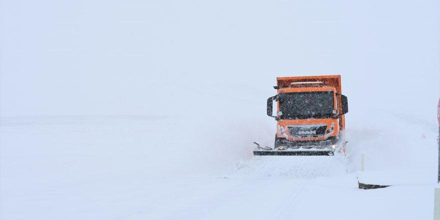 Kars | 67 Köy Yolu Ulaşıma Kapandı