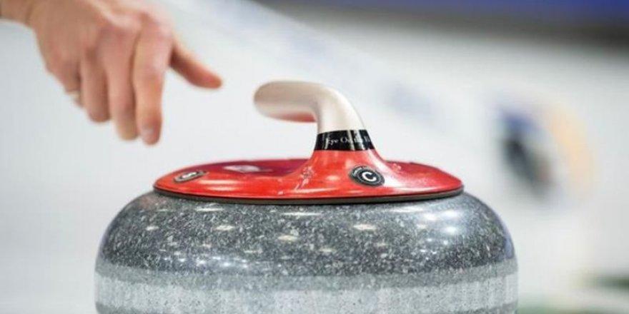 Kars Çayı Üzerinde 'Curling' Heyecanı