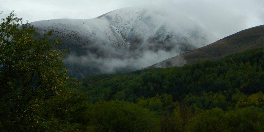 Ardahan Posof'a Yılın İlk Kar Yağışı