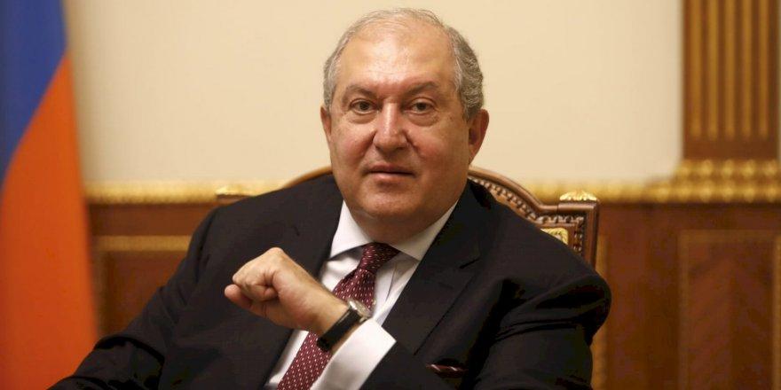 Ermenistan | Cumhurbaşkanı Hastaneye Kaldırıldı
