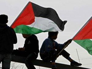 Filistin, İsrail'le İlişkilerini Durdurdu
