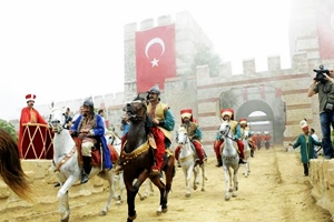 İstanbul FETHEDİLDİ... 557. KEZ!