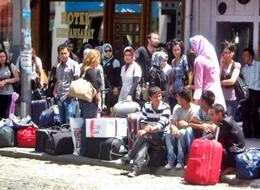 Üniversite Öğrencileri TATİL YOLUNDA