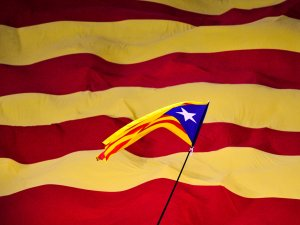 Katalonya Bağımsızlık İlan Etti