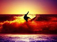Alaçatı'da Sörf Rüzgarı Esti