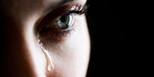 'Mezarlıkta Ağlayan Kız' Bulundu