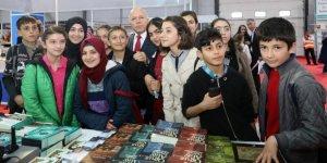 'Erzurum Kitap Fuarı' Yoğun İlgi Gördü