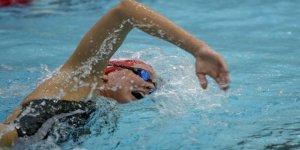 Ağrı'da Öğrenciler Yüzme Öğreniyor