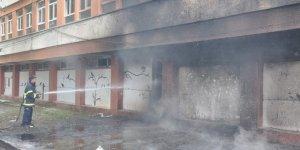 Boşaltılmış Fakülte Binasında Yangın
