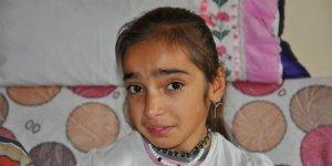 10 Yaşındaki Meryem Yardım Bekliyor