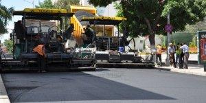 Faikbey Caddesi'nin Asfaltı Yenileniyor