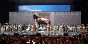 "Bolşoy Tiyatrosu'nda ""Troya"" Sahnelendi"
