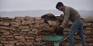 Köylüler Önümüzdeki Kışa Hazırlık Yapıyor