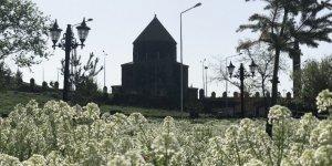 Kars'a Geç Gelen 'Bahar'