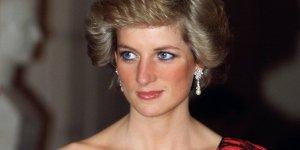 Diana'nın Sweatshirt'ü 47 Bin Euro'ya Satıldı