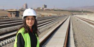 'Lojistik Merkezi' Ekibinin Kadın Mühendisi