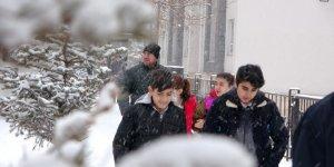 'Kars ve 29 İl'de Okullara Kar Tatili