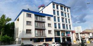 Azeri İş İnsanı Kars'ta Otel Satın Aldı