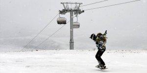Ardahan Yalnızçam'da Kayak Sezonu Açıldı