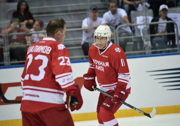 Putin, Hokey Maçında Beş Gol Attı