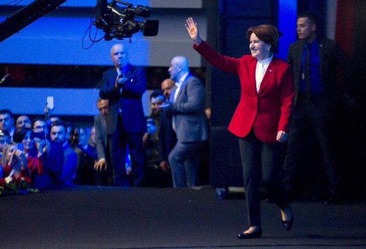 Akşener, Seçim Kampanyasını Başlattı